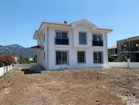Muğla Dalyanda 200 M2 4+1 Sıfır Müstakil Villa Satılık